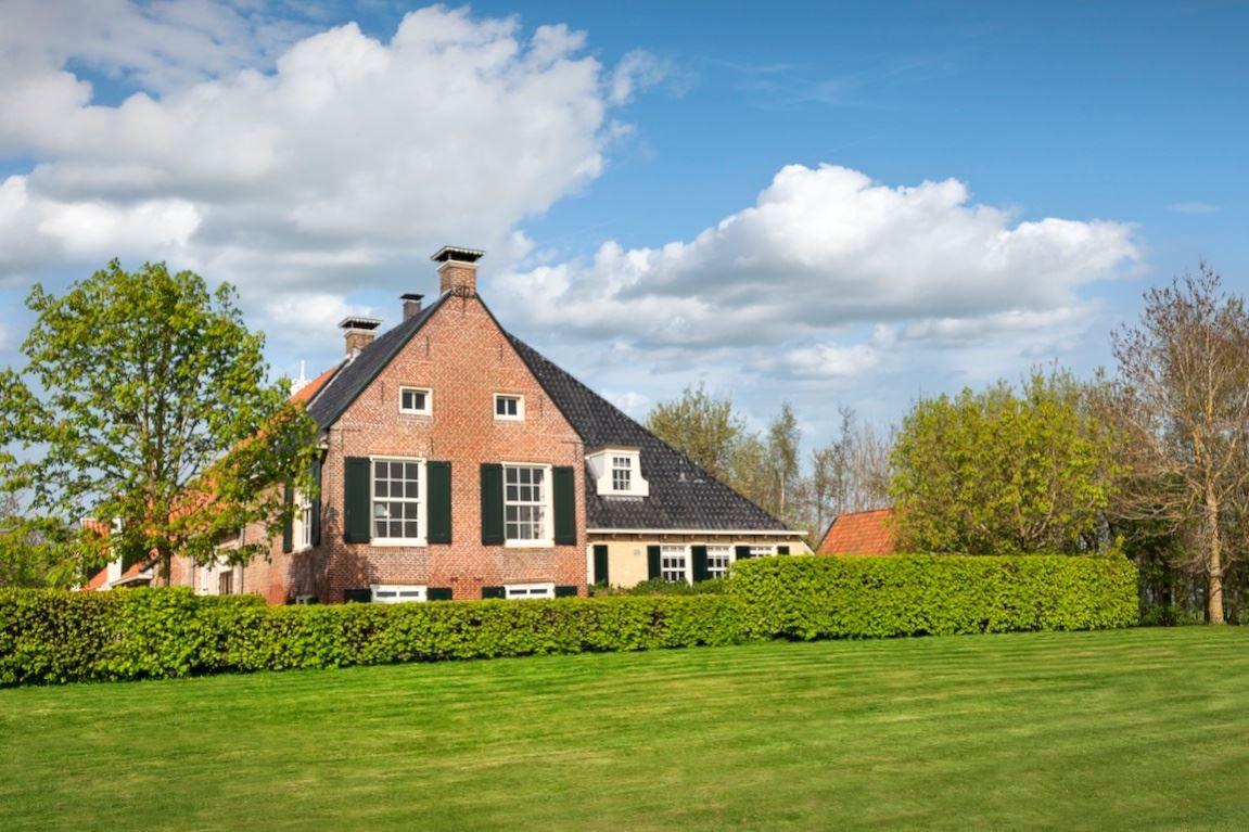 Huis te koop nummer 2 8528 dt dijken funda for Boerderijwoning te koop
