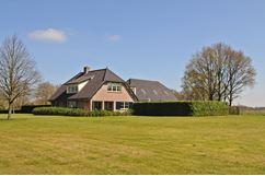 Hollands End 8 a