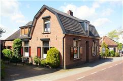 Kerkstraat 24