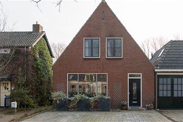 Dorpsstraat 8