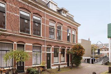 Pieterstraat 7 rood