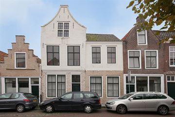 Sint Domusstraat 14