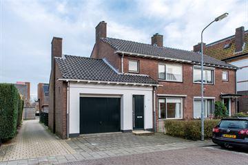 Middelhovenstraat 8