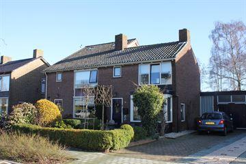 Van den Steen van Ommerenstraat 25