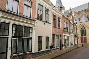 Venestraat 24