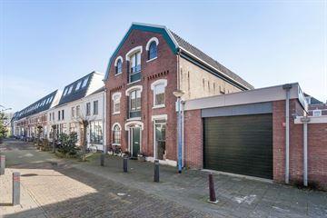President Steynstraat 37