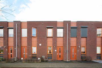 Opper Van Treurenstraat 18