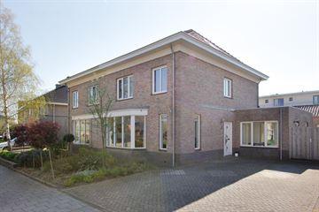 Graaf Reinaldstraat 6