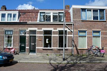 Tolstraat 6