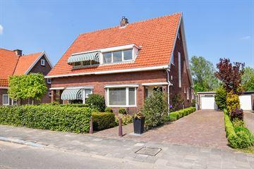 Kruisweg 899
