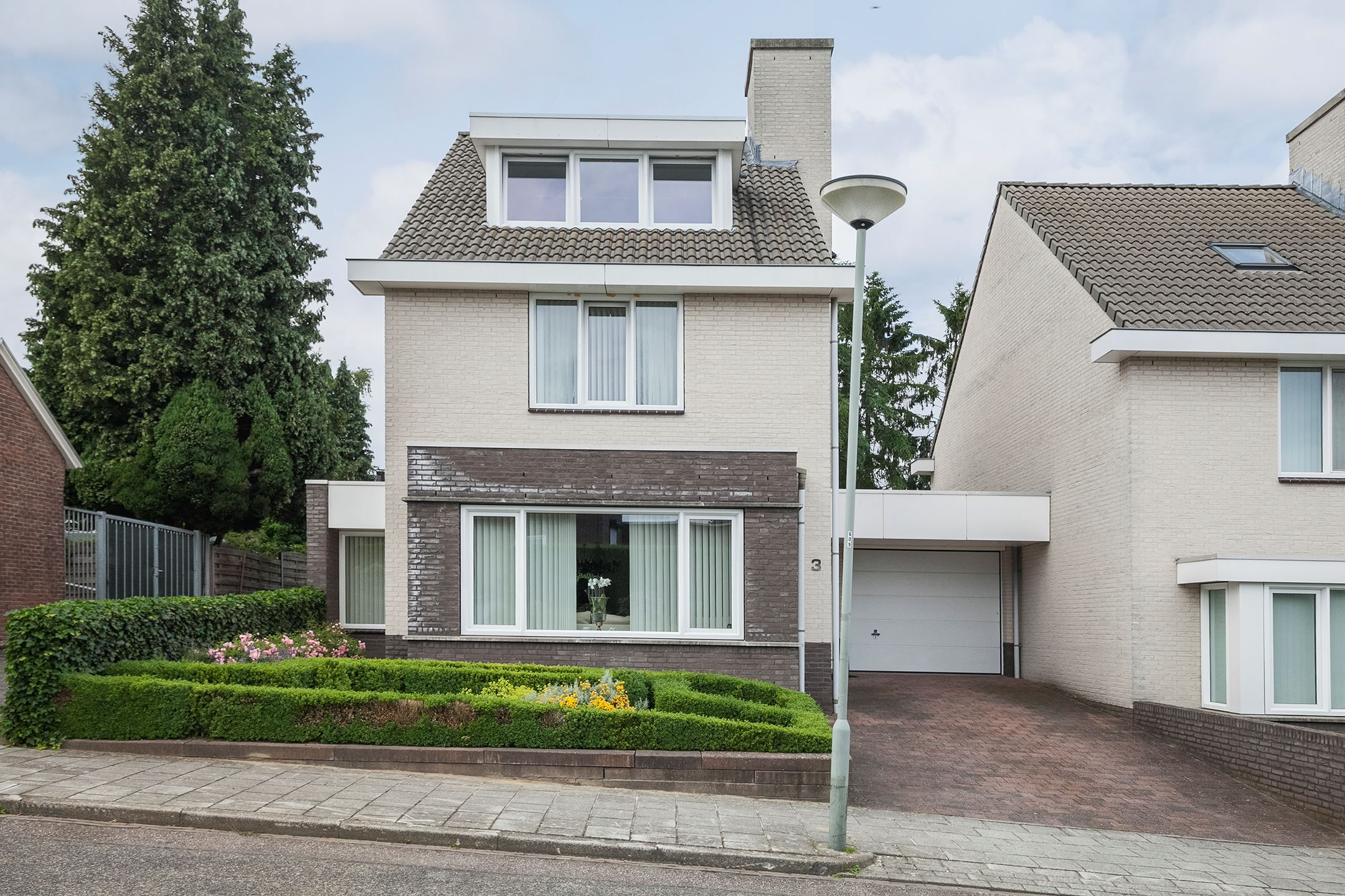 Huis te koop wachtendonckstraat 3 6371 vv landgraaf funda - Huis vv ...