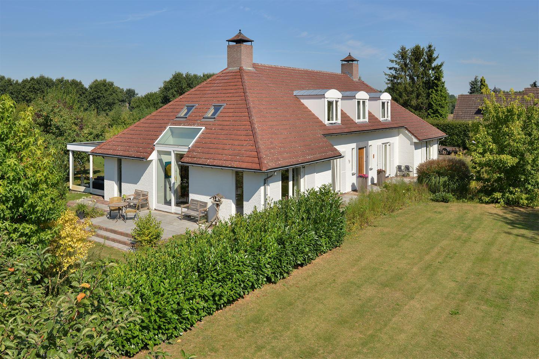 Huis te koop: Wijststraat 35 5384 RA Heesch [funda]