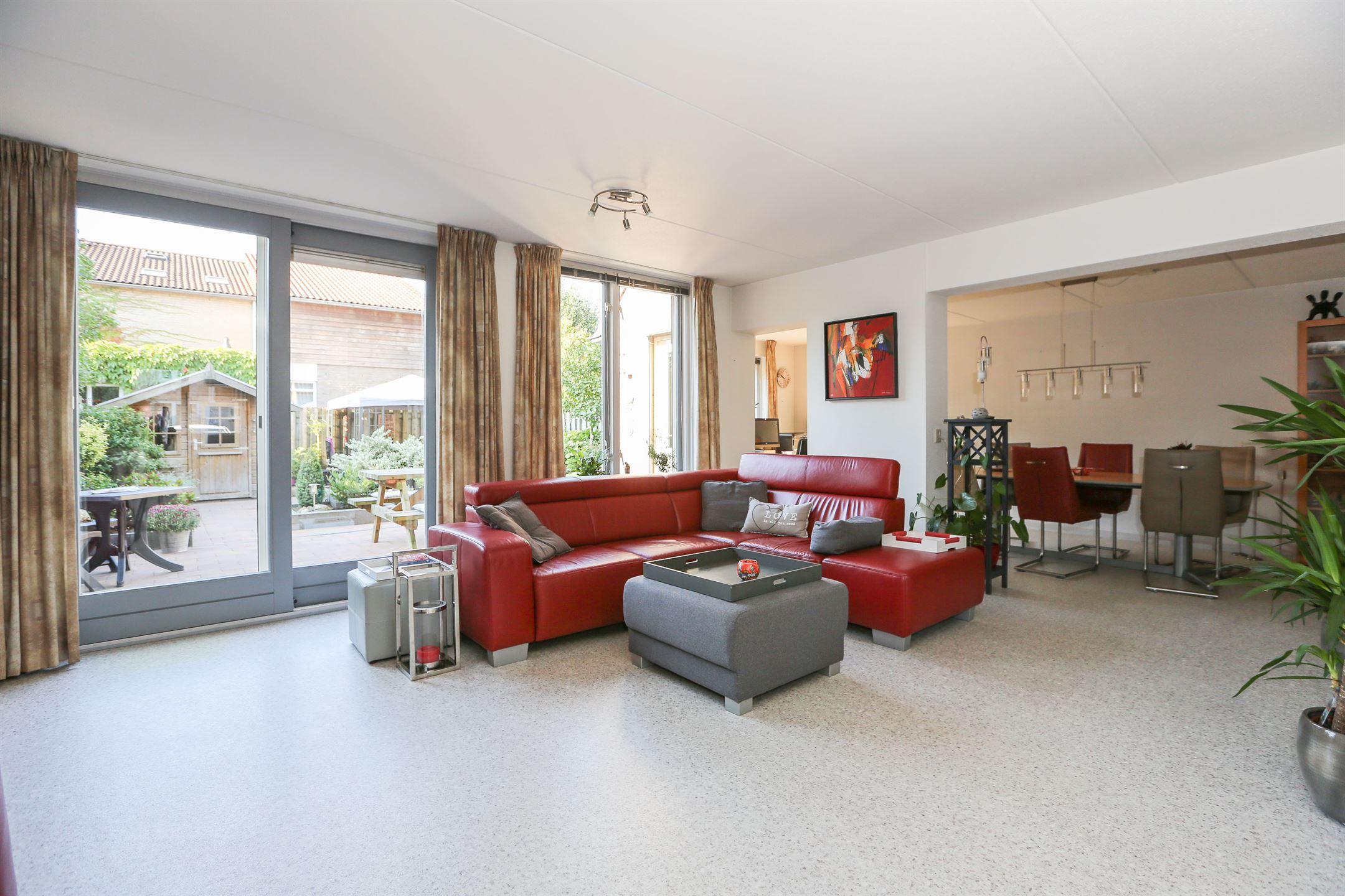 Huis te koop: holtgesbroek 1403 6546 ph nijmegen [funda]