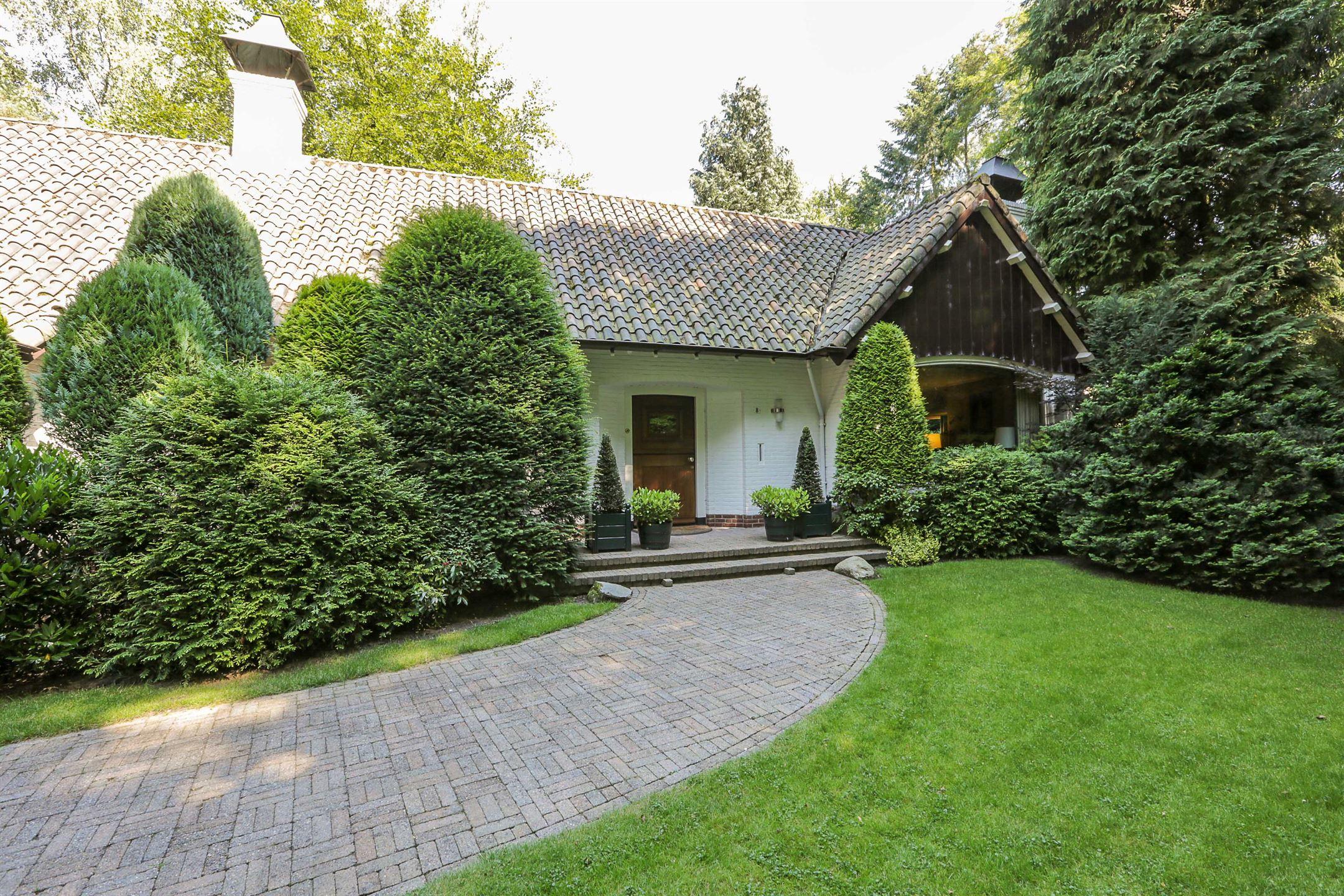 Huis te koop: j.c. wilslaan 8 7313 hl apeldoorn [funda]