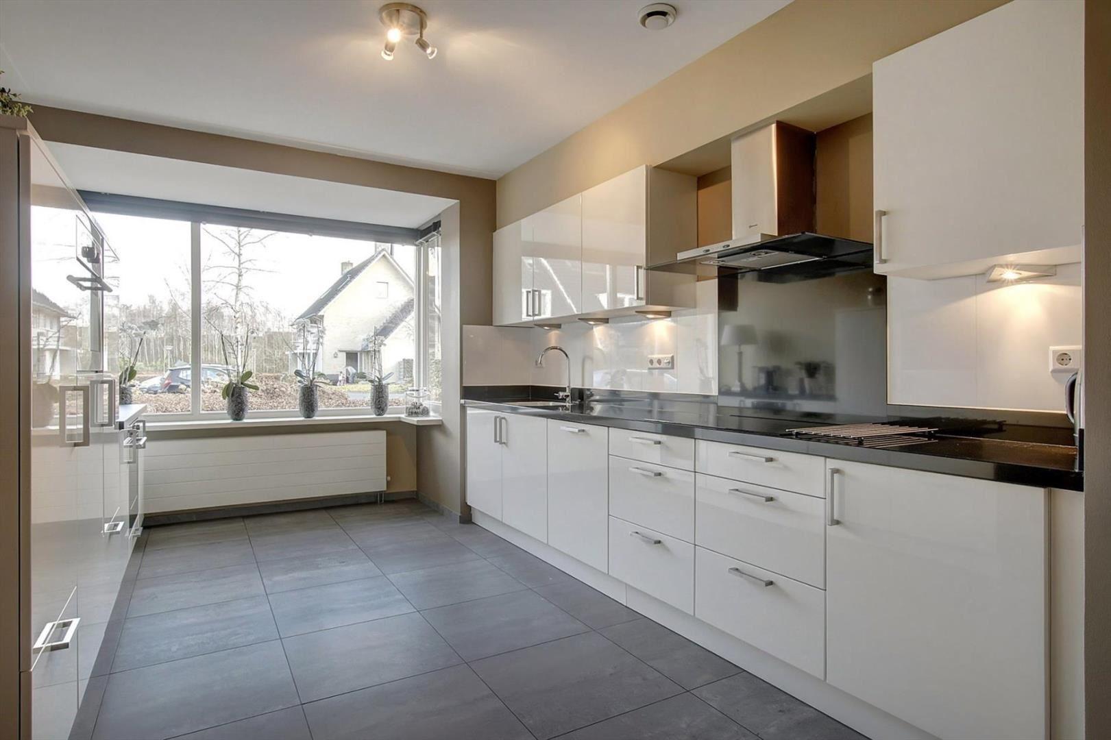 Huis te koop: Sprietzeil 78 1319 EC Almere [funda] Chagallweg 78 Almere