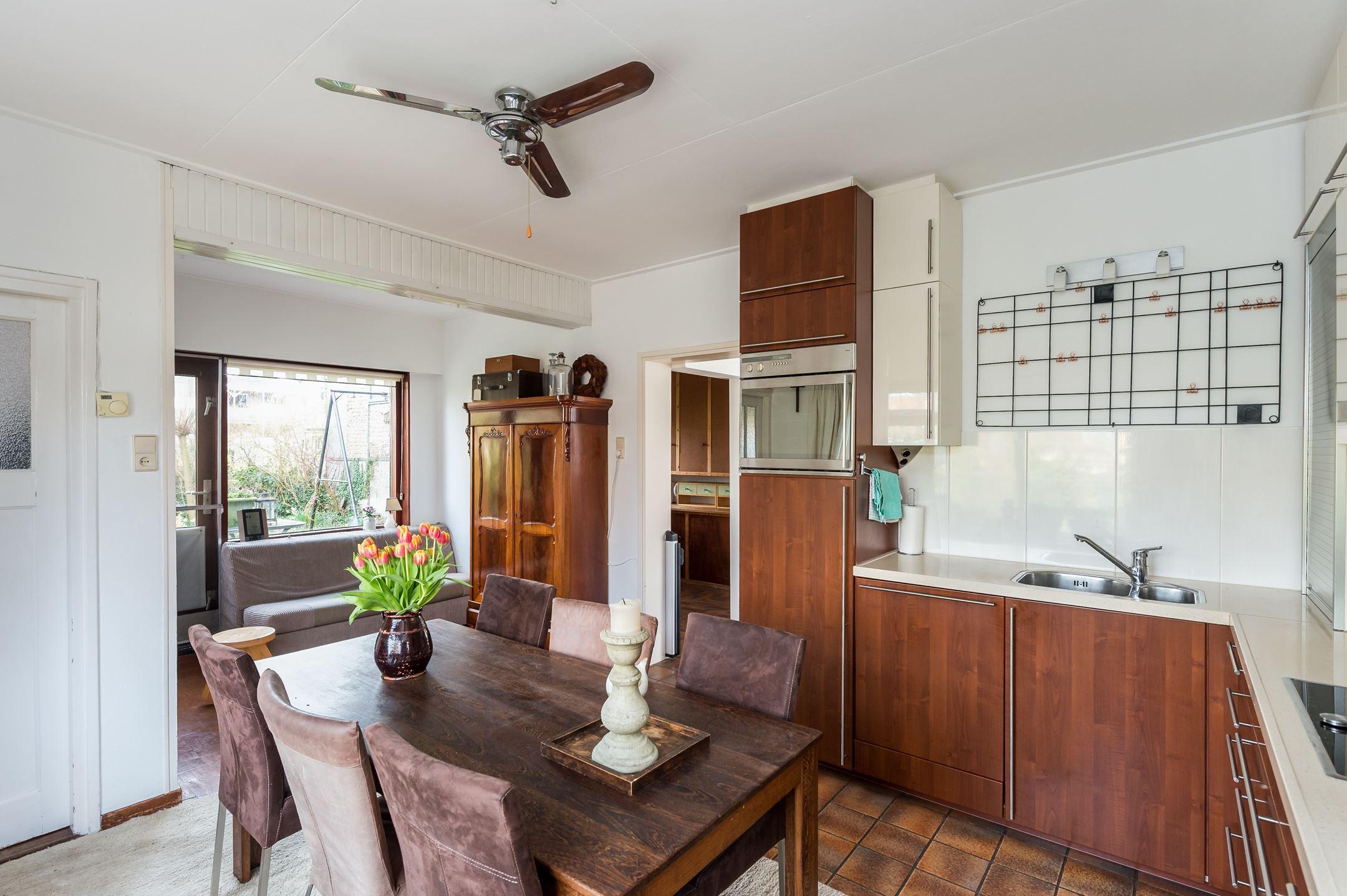 Keukens Oude Tonge : Huis te koop Zuiddijk 8 3255 LW Oude Tonge [funda]