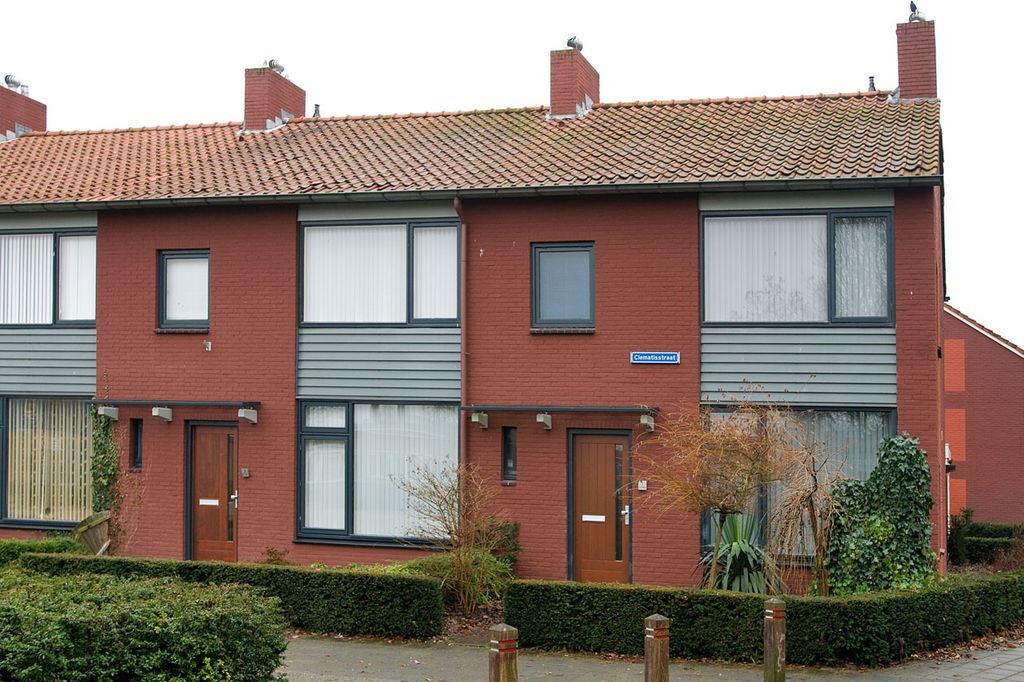 Huis te koop clematisstraat 1 7601 eg almelo funda for Mijn huis op funda