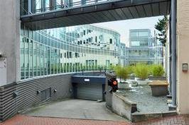 Bekijk foto 2 van Lange Houtstraat 2-26