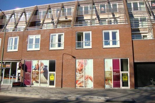 Raadhuisstraat 28, Roden