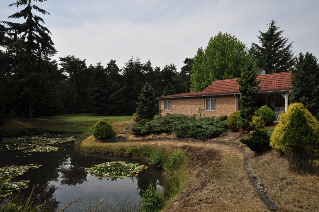 Huis te koop lieshoutseweg 49 5674 rk nuenen funda for Huis en tuin nuenen