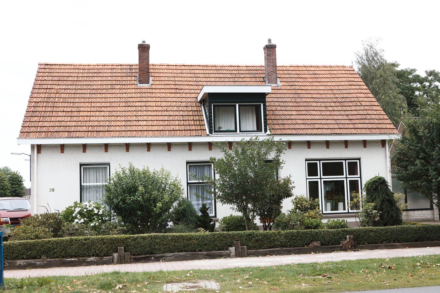 Bekijk foto 1 van Dinxperlosestraatweg 39