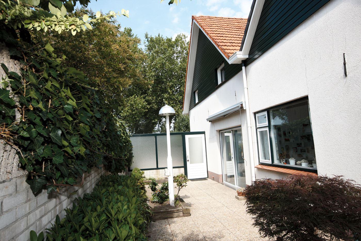 Bekijk foto 3 van Dinxperlosestraatweg 39