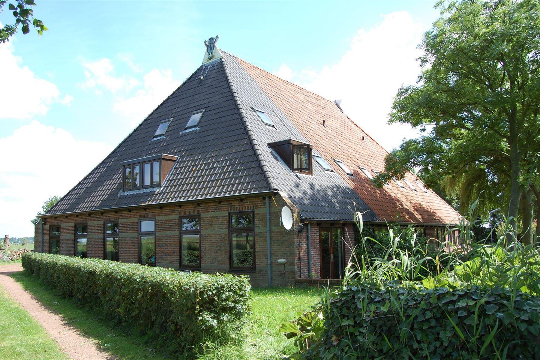 View photo 3 of Schuilenburg 3