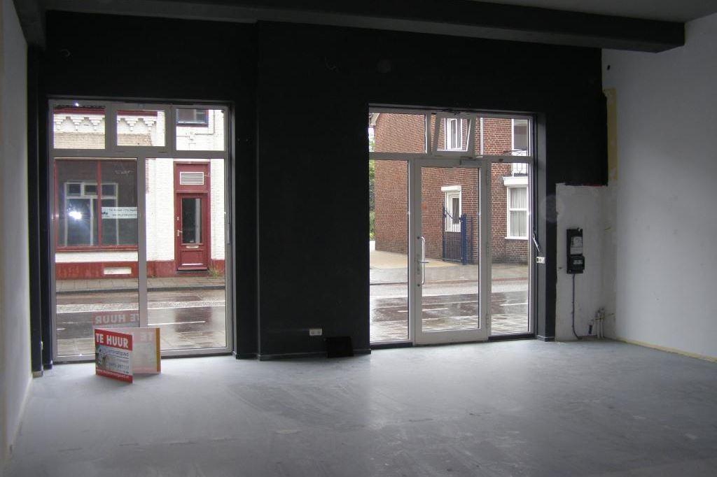 Bekijk foto 5 van Brugstraat 2