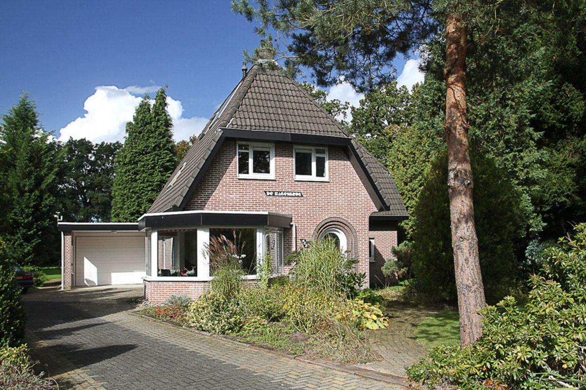 Huis te koop  Arnhemseweg 482 7361 CM Beekbergen [funda]