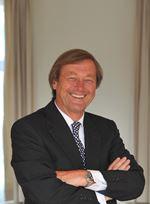 E.S. van Soest    ()