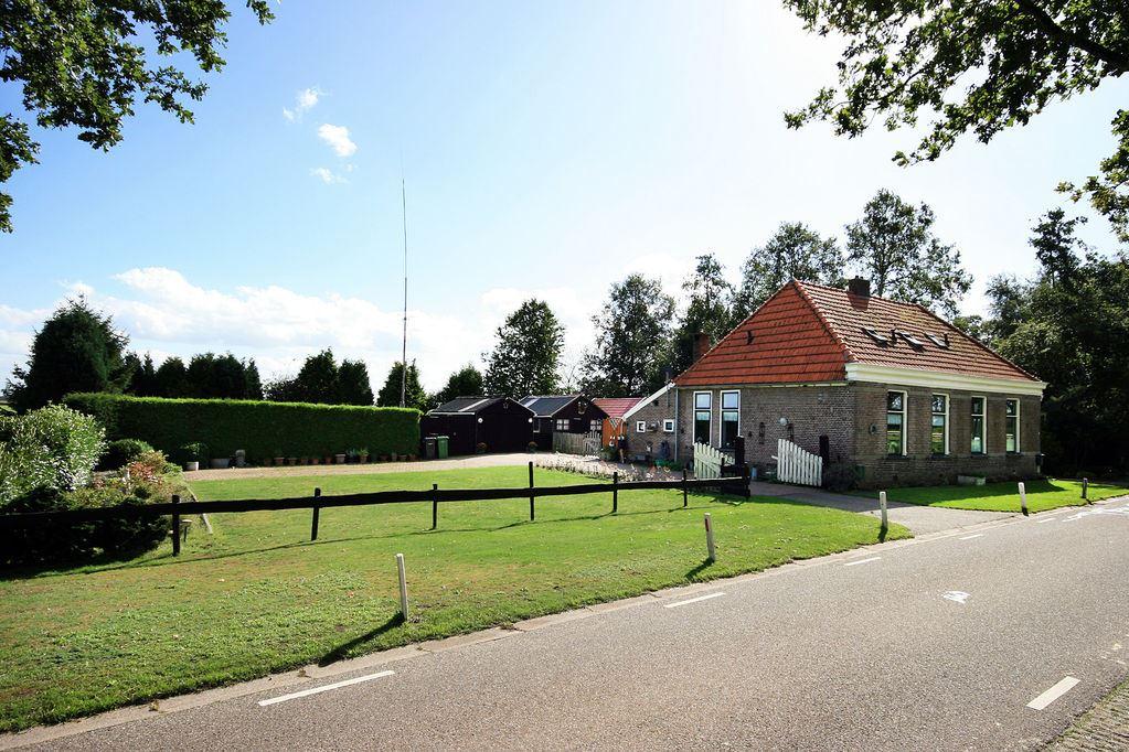 Bekijk foto 2 van Meenteweg 5