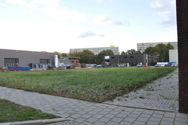 Bekijk foto 2 van P.C. Staalweg