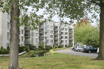 Klein Brabant 3 t/m 135, Appartementen