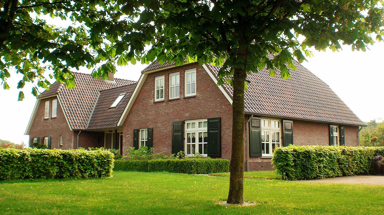 Huis te koop pellendijk 4 7054 al westendorp funda for Paardenbedrijf te koop