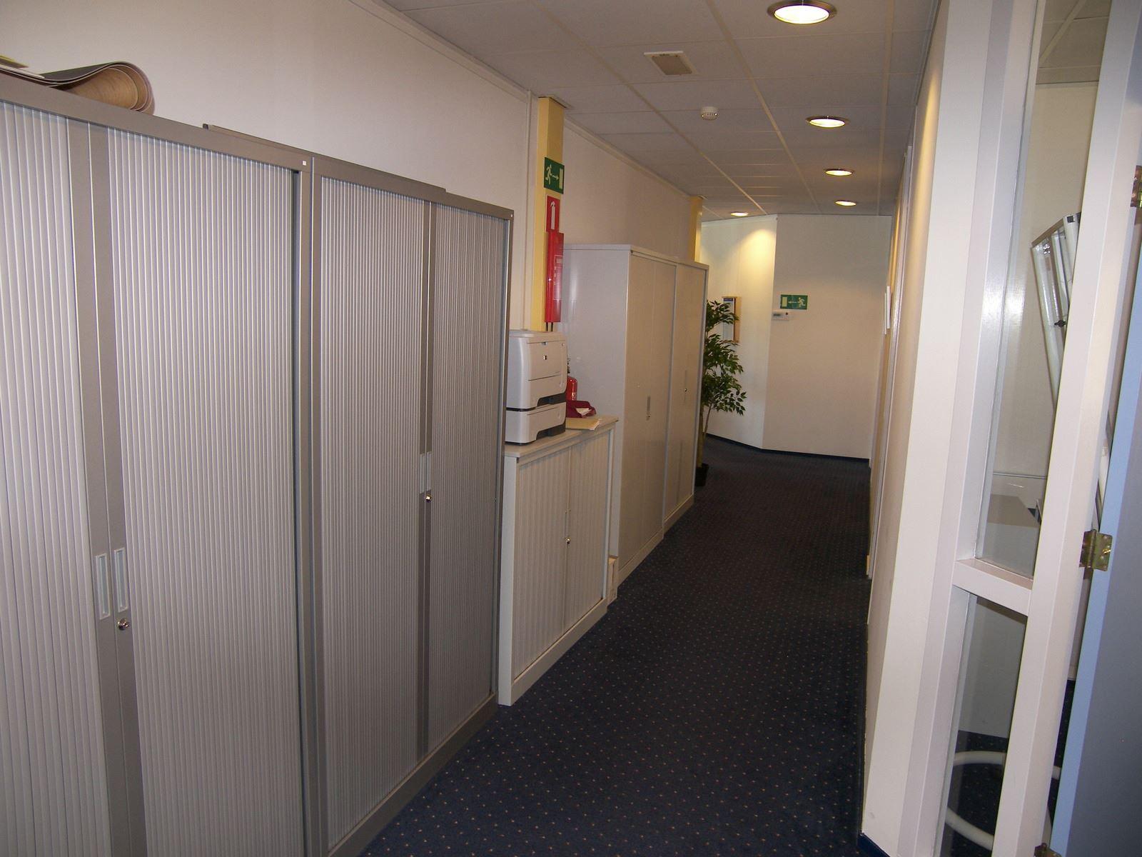 Kantoor dronten zoek kantoren te huur de helling 11 8251 gh dronten funda in business - Kantoor onder helling ...