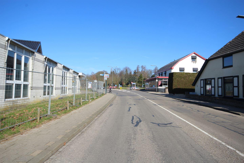Bekijk foto 3 van Arnhemsestraatweg 135 -135A