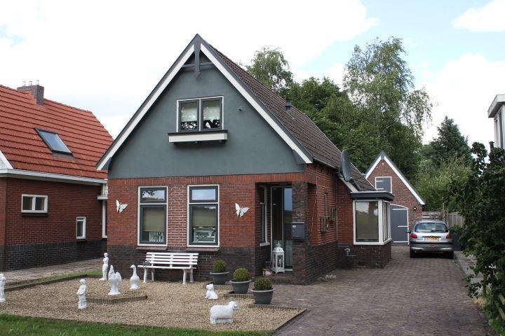 View photo 2 of Wedderweg 159