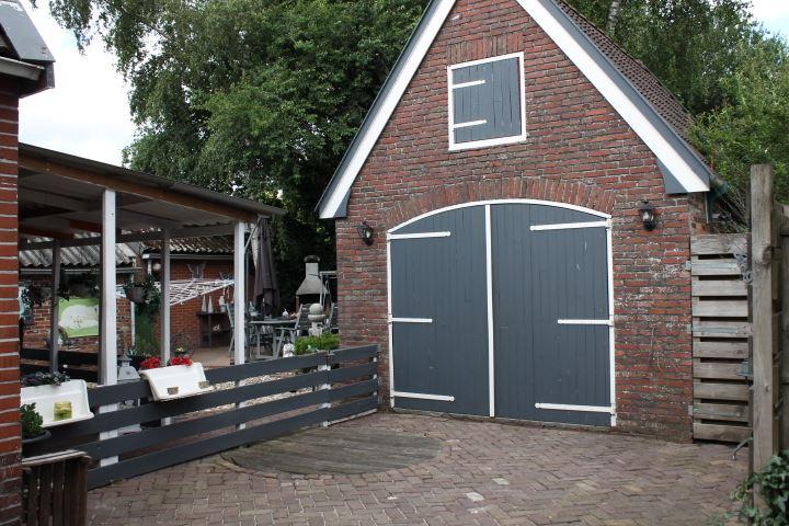 View photo 4 of Wedderweg 159