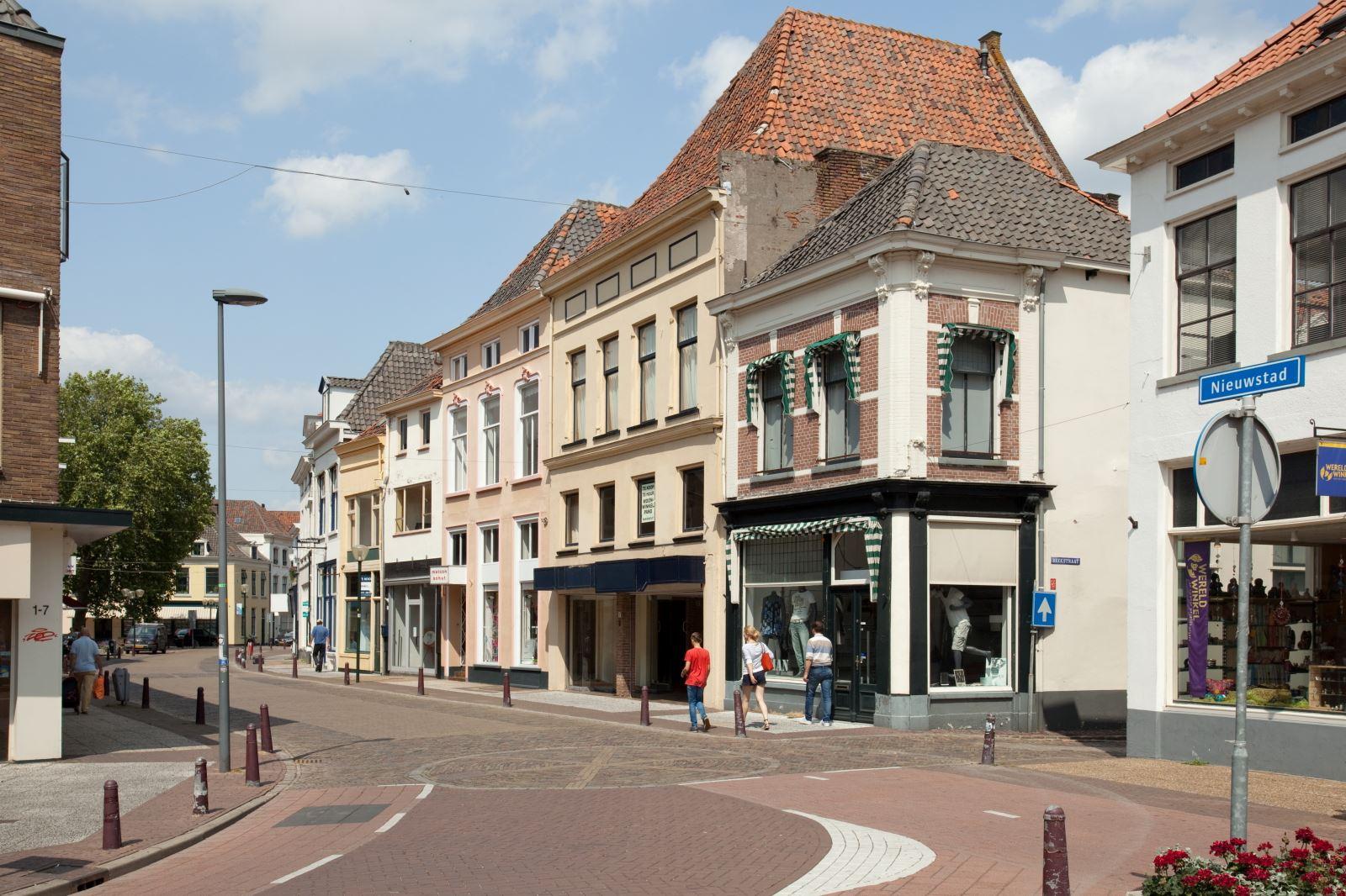 Winkel zutphen zoek winkels te koop nieuwstad 10 12 for Funda zutphen