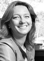 Pascalle Boonstoppel-Deen (Office manager)