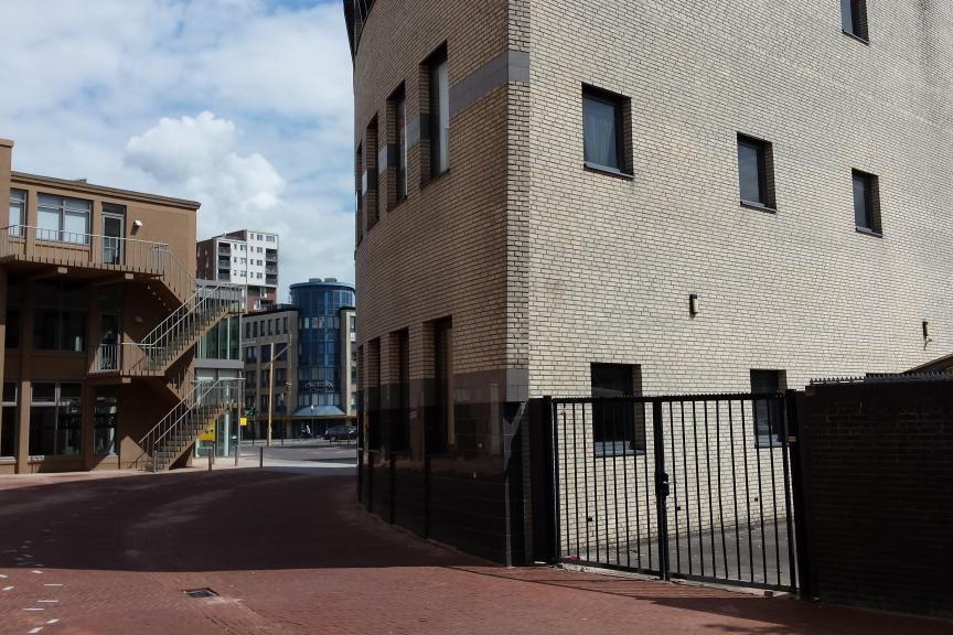 Bekijk foto 4 van Burgemeester Wuiteweg 38