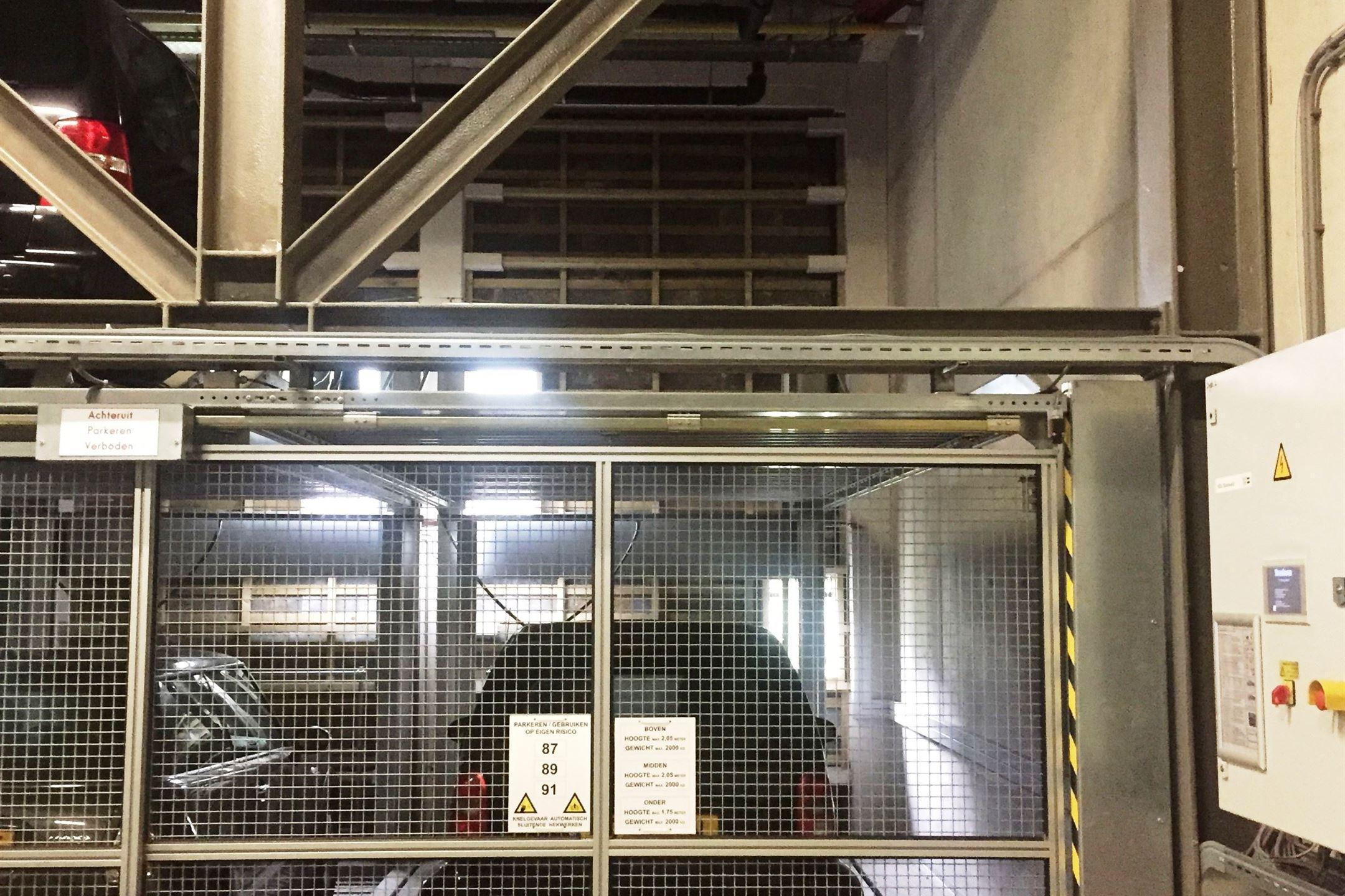 Parkeergelegenheid te koop carolina macgillavrylaan 1098 for Funda amsterdam watergraafsmeer