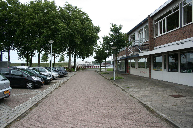 Bekijk foto 4 van Minister Lelyplein 6