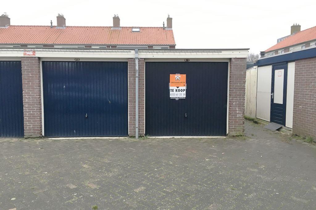 Garage Den Helder : Verkocht: jekerstraat 37 1784 dk den helder [funda]