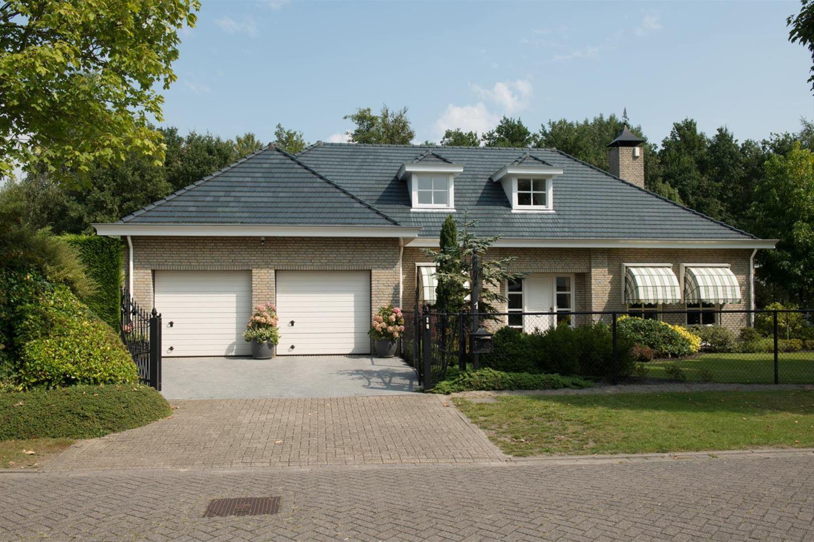 Huis te koop colijnspolder 1 4617 mk bergen op zoom funda for Mijn huis op funda