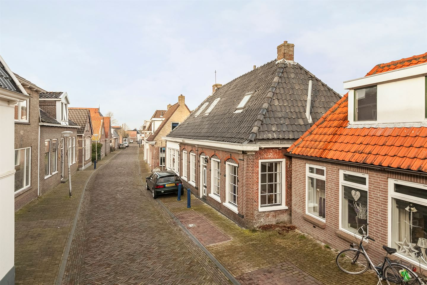 View photo 3 of Hoofdstraat 42