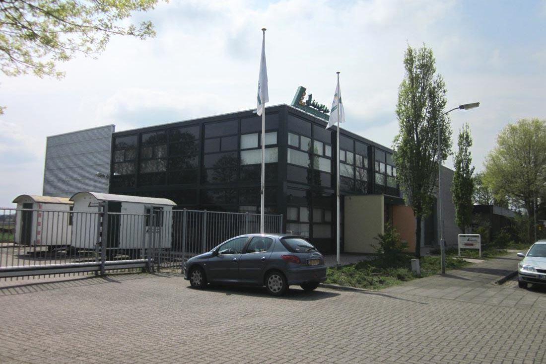 Bekijk foto 2 van Raphaëlstraat 1 d