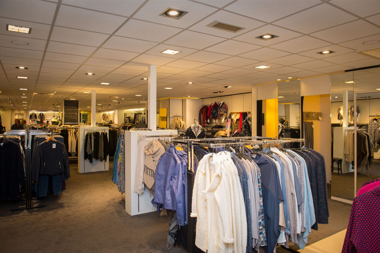 Bekijk foto 3 van Oranjestraat 28