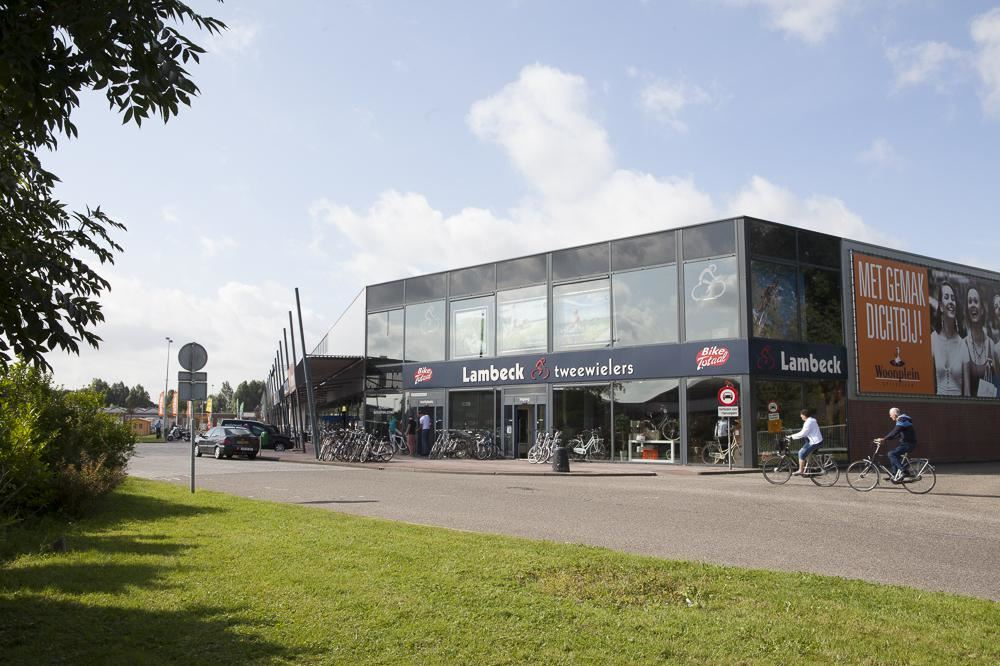 Bekijk foto 1 van Farmsumerweg 126 B