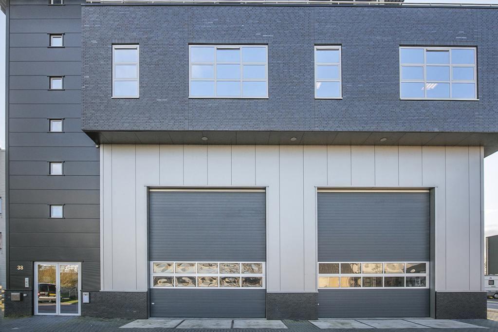 Bekijk foto 3 van Industrieweg 38
